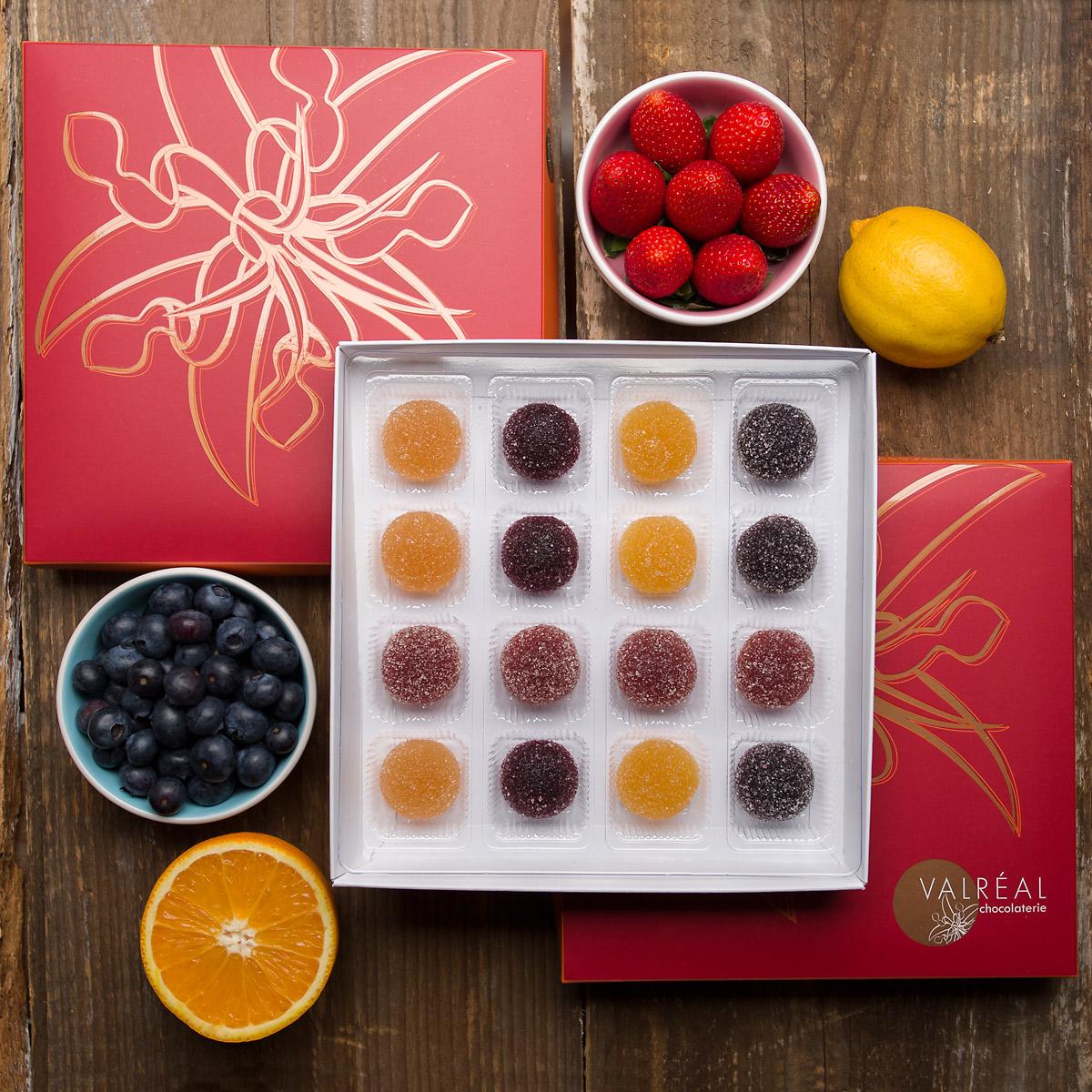 Photographie de chocolat et pâtes de fruit