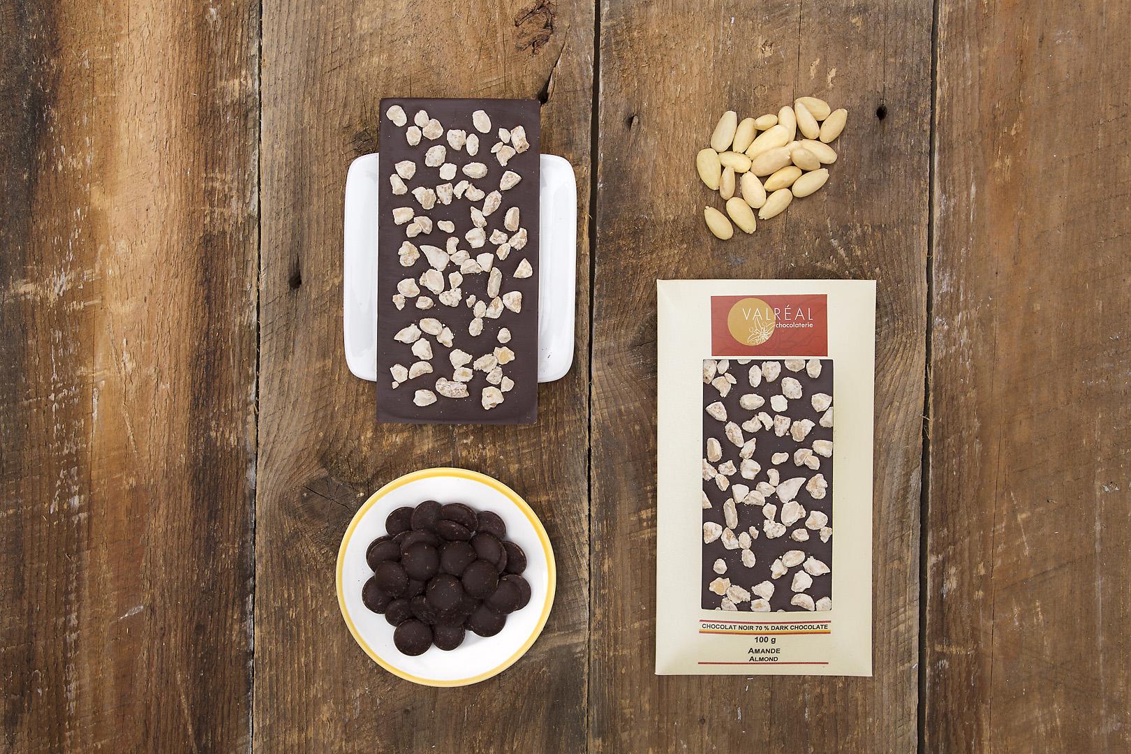 photographe-chocolat-produit-the-valreal-tablette-noir-amande