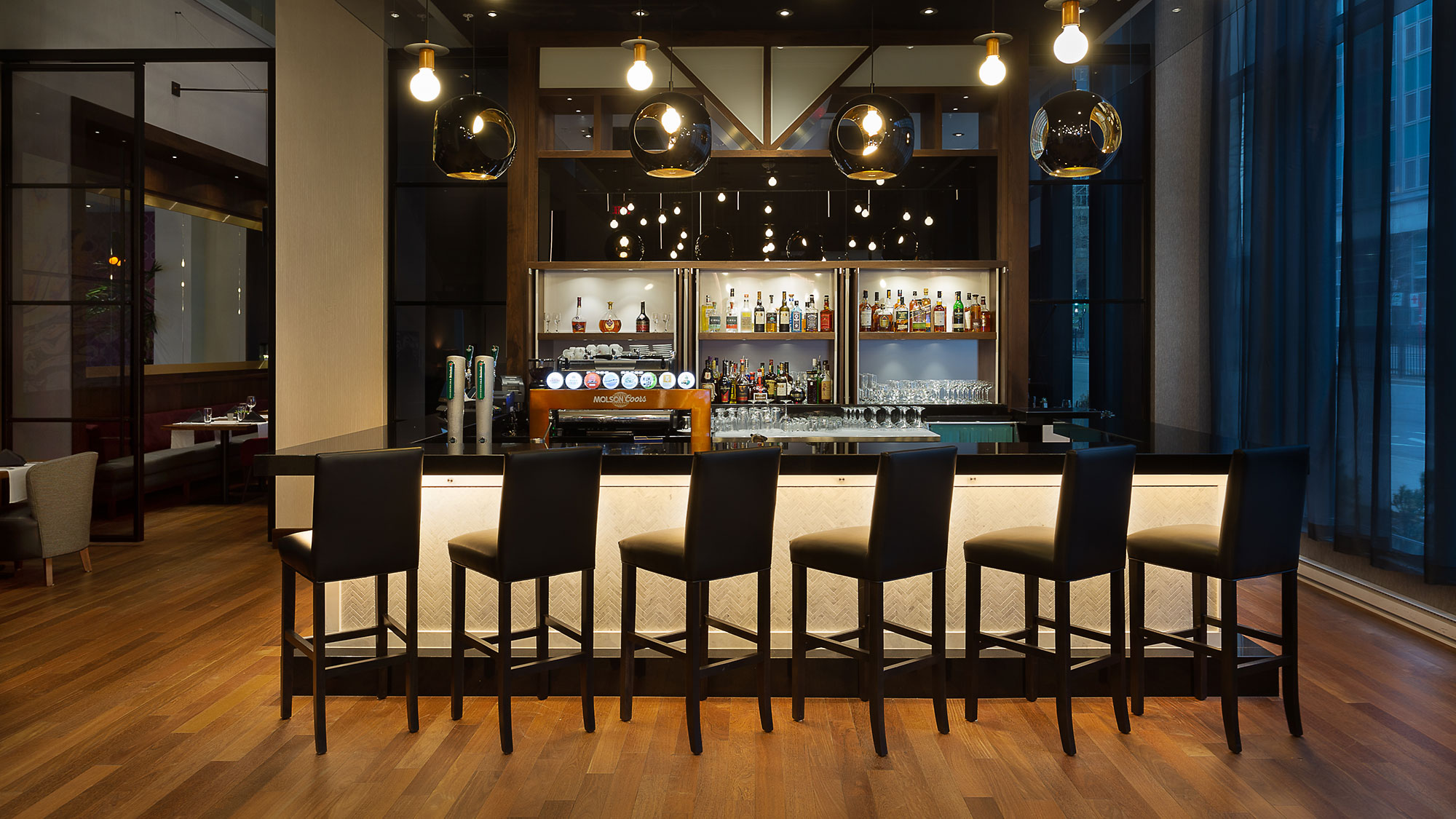 photographe-restaurant-hotel-bar-montreal-AC Hotel Marriott