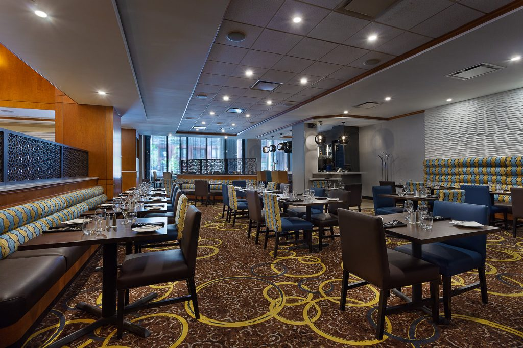 photographe-hotel-montreal-quebec-Hilton-GardenInn-photographer-architecture-hospitality